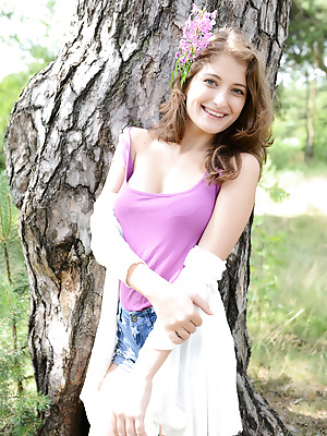 Showy Beauty  Jessica  Babes, Brunettes, Naughty, Feet, Legs, Amazing, Real, Natural
